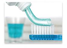 歯ブラシとハミガキ剤